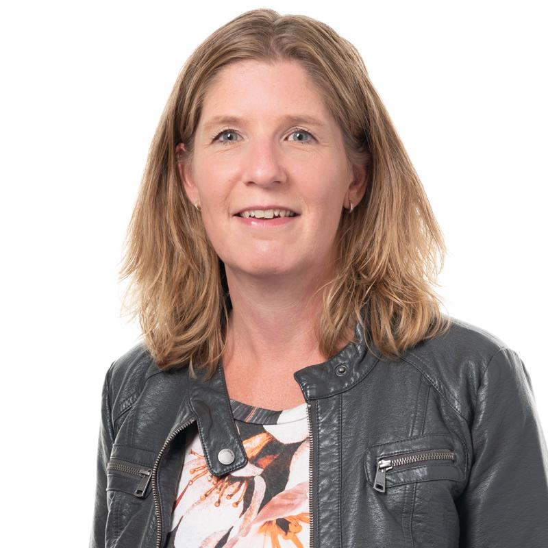 Daniëlle Treur-Kloos - Medewerker Binnendienst