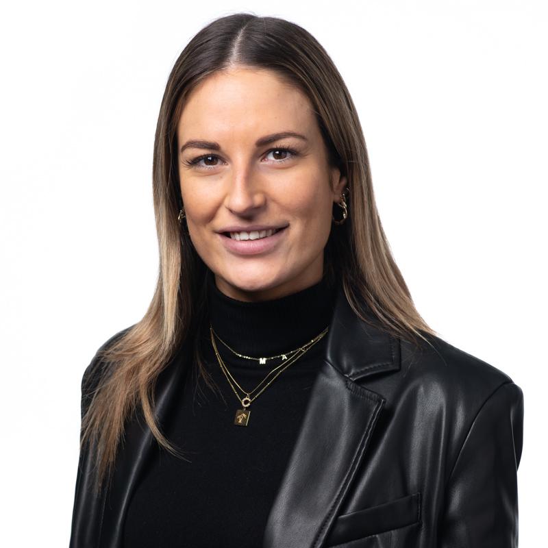 Carmen Hage - Commercieel medewerker